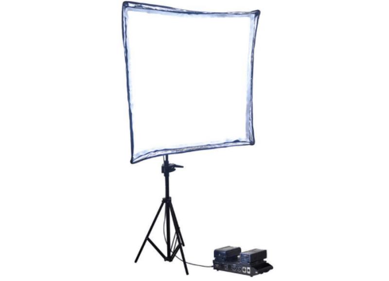 Cineroid FL1600VK vue 3